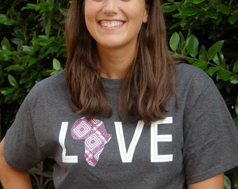 LOVE Africa T-shirt: XXL Plum