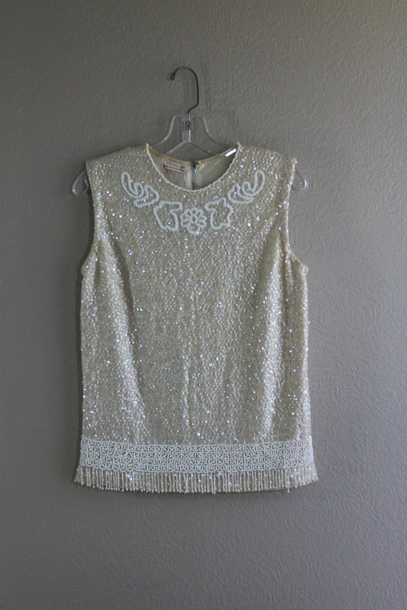 1950s Golden white beaded flapper style cocktail top with beaded fringe