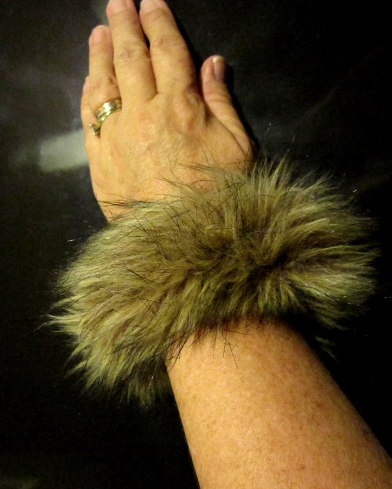 The Warmth of the Wolf Faux Fur Memory Wire Bracelet