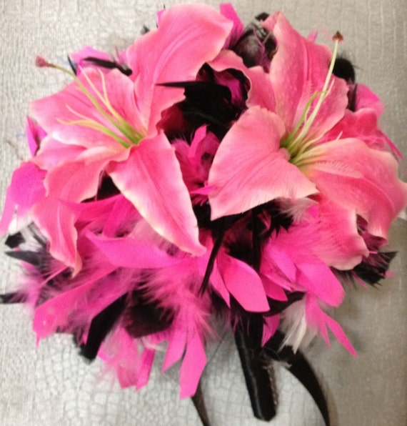 Flowers Similar To Lilies: Items Similar To Lily Flowers And Feathers Bridal Bouquet