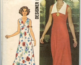 1970s Simplicity 6344 Sleeveless Low V Neckline Empire Dress Bust 36 Vintage Sewing Pattern