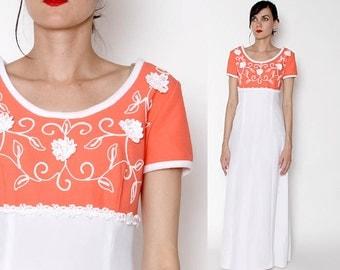 Vintage 70s Coral White Maxi Dress / TONI TODD dress / Floral / Small Medium