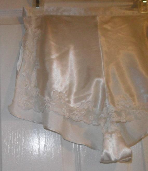 Usps Return Label >> Vintage Tap Pants Satin Pettipants Panties Victoria's
