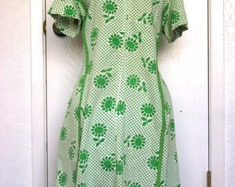 Ivory & Green Barkcloth Sheath Dress