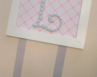 Letter Bow Holder Pink and Gray