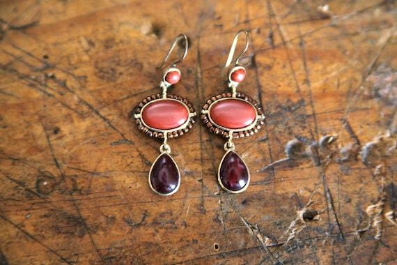 Vintage Dangly Oval & Teardrop Beaded Earrings - Coral Plum Copper Gold
