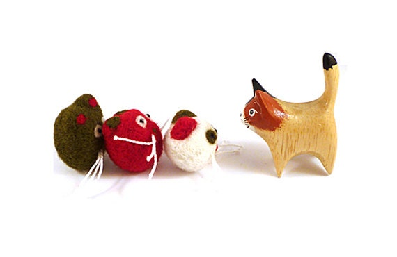 Christmas Creatures Family Wool Catnip Cat Toys