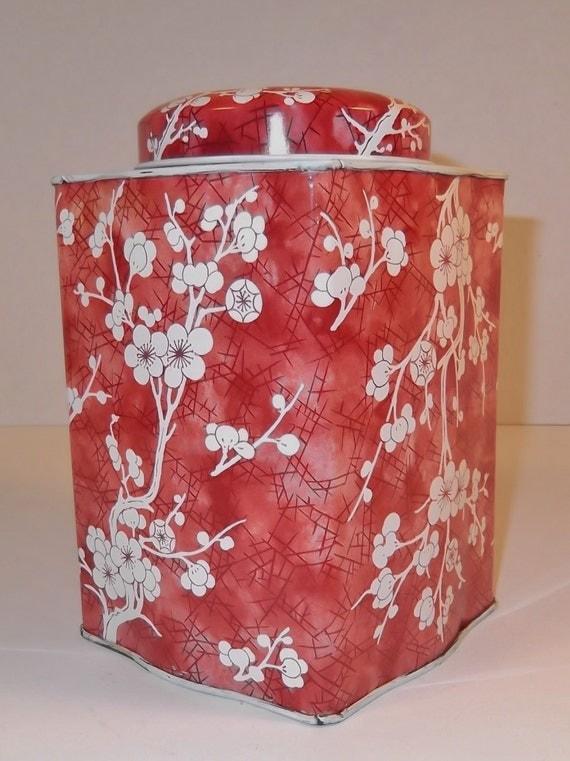 Vintage Daher Tin Made In England Floral design Vintage Tin