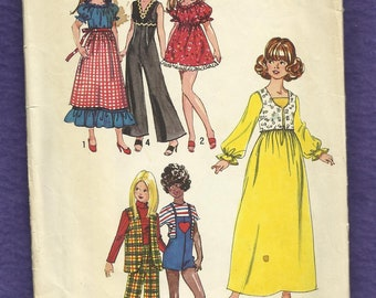 Vintage 1971 Simplicity 9697 Retro 70's Wardrobe for Barbie and Her Girlfriends  Size 11.5 inch Doll