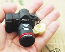 8gb usb flash drive - a mini Dslr camera necklace