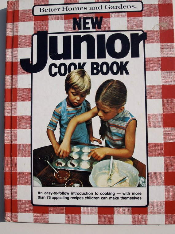 Better Homes And Gardens New Junior Cookbook 1979