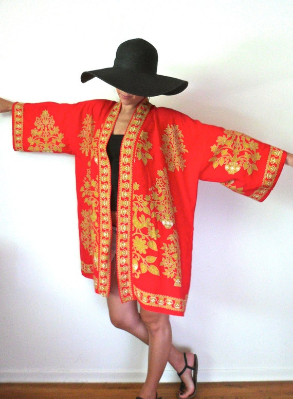 Japanese Red & Gold Kimono // Vintage Asian Jacket