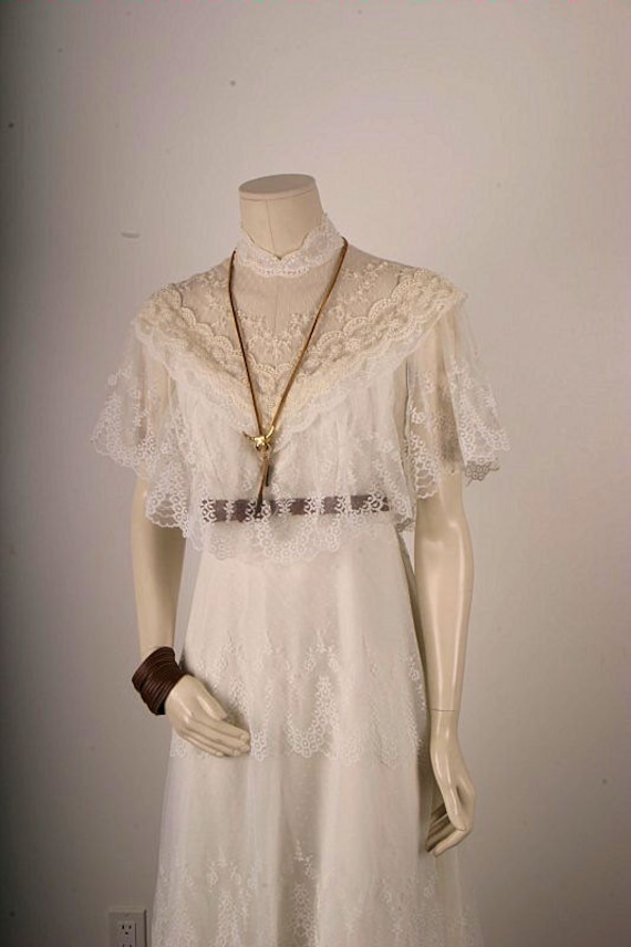 Vintage Hippie Wedding Dresses 1960s White Lace dress Vintage