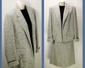 Vintage - chic 50s Boucle -nubby- Gray Wool Tweed  Jacket & Skirt / Suit
