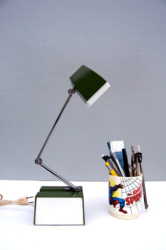 Vintage Olive Green Adjustable Desk Lamp Industrial Table Lamp Hamilton Industry