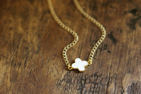 White and Gold Quatrefoil Necklace