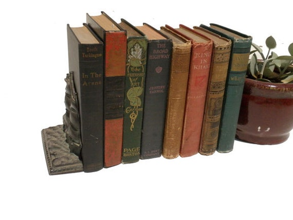 Lot of lovely vintage and antique books (1880s to 1940s)