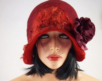 Felted Hat Cloche hat Flapper Hat Red Hat with Brooch Art Hat Art deco hat Retro hats Felt