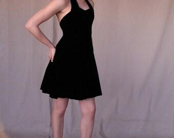 black halter dress short | Luxury Hotels In Mount Abu