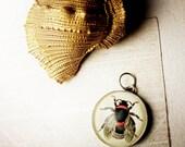 16 mm Bee Charm