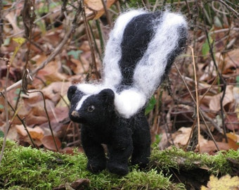 Handmade Needle Felted Animals Wool Woodland Skunk