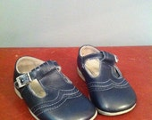 Vintage Chidrens Baby Shoes Start-rite
