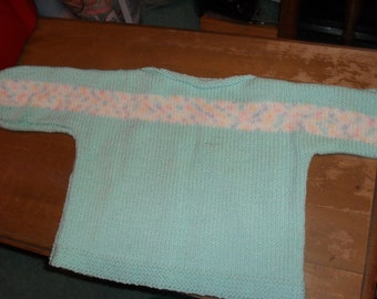 size 3T mint green boat neck sweater