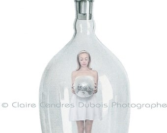 """Postcard """"The bubble faceted"""" by Claire Cendres Dubois"""