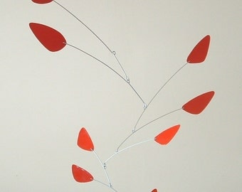 Tulips mobile, Mid-century modern, mid-sized metal Calder-style, stainless steel and powder coated aluminum