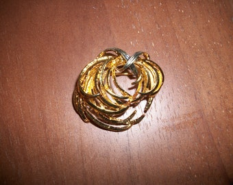 Vintage Gold-tone  Brooch