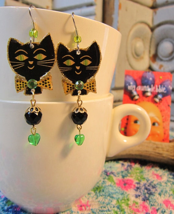 Black Cat Earrings superstition Halloween kitsch