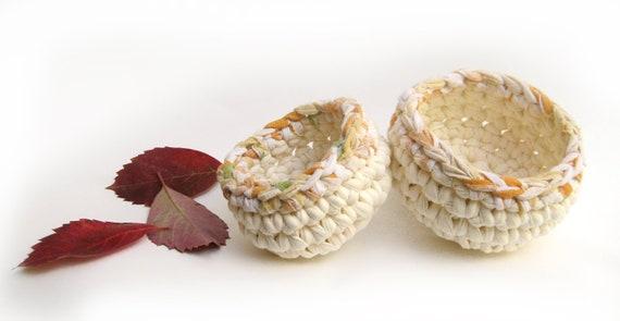 Nesting Bowls ---- Small Crocheted  Bowls --- Cream White --- Fabric cozy bowls