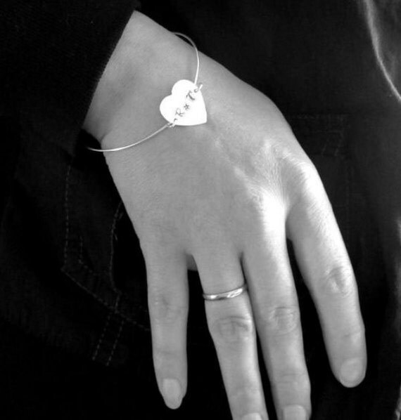 Silver Heart Bangle Bracelet. Sterling Silver Engraved Bangle. Personalized Bracelet - ID Heart Bracelet - Hand stamped Bangle. Gift for her