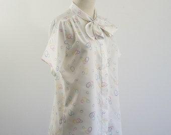 Vintage Secretary Blouse, Ascot Tie Shirt, Button Down Blouse, White Pastel Top, Circle Ring Print, Secretary Blouse, Bust 40 Large
