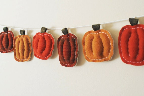 Primitive Thanksgiving Pumpkin Garland - Pumpkin Spice Bunting - Holiday Home Decor - Cozy Soft Wool