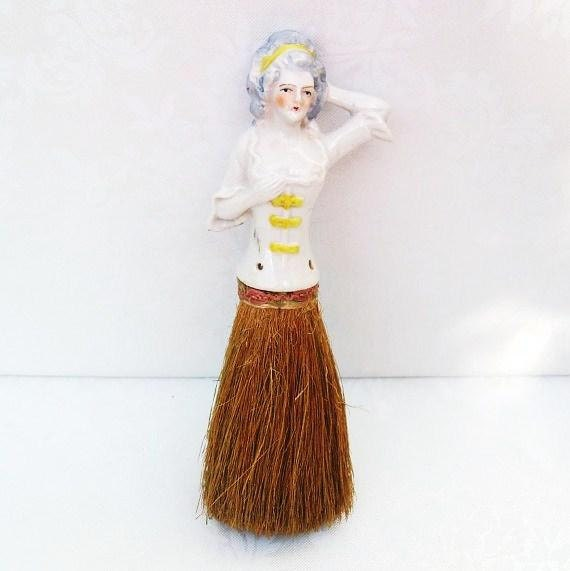 Antique Boudoir Half Doll Clothes Brush Whisk Broom Vanity Accessories White Yellow