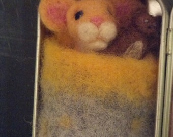 """Needle Felted Mouse in Tin """"Bed"""""""