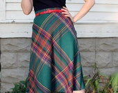 Wool Plaid Skirt A-Line 1960s Small