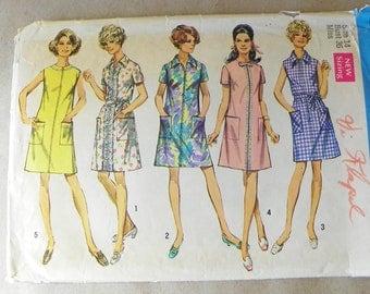My Art teacher A-line front zipper dress pattern Simplicity 8285 1960s