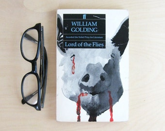 Lord of the Flies William Golding - Vintage Paperback Book - Boys Adventure Story - Desert Island Story - Back to School Classic Literature
