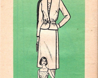 """Vintage 1970's Marian Martin 9301 Jacket, Wrapover Skirt Suit & Camisole Sewing Pattern Size 12 Bust 34"""" UNCUT"""