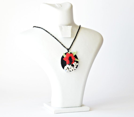 Red Flower Pendant, Crocheted Beadwork, Beaded Necklace, Crochet Necklace, Black Chain Collar, Beaded Jewelry, Christmas Gift, Women's Gift