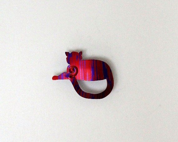 Cat Magnetic Eyeglass Holder in Red and Purple