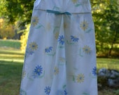 Blue & Yellow Daisy Girl's Nightgown // Size 3 to 5