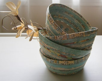 Woven Recycled Paper Basket / Bowl - Aqua / Teal with Natural Hemp Twined Base, Handmade