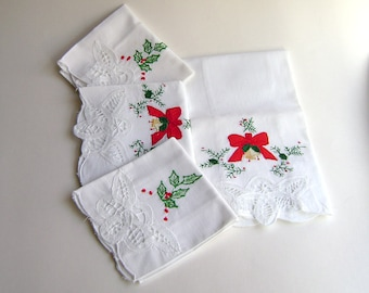 Vintage Christmas Guest Towels, Finger Towels, Holiday, Hand Towels, Embroidered, Holly, Battenburg Lace, Christmas Decorated Towels