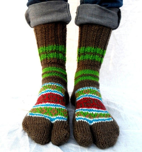 Knitting Pattern For Sandal Socks : Handmade Knitted Wool Toe Sandal Socks Northern by MangoTigerShop