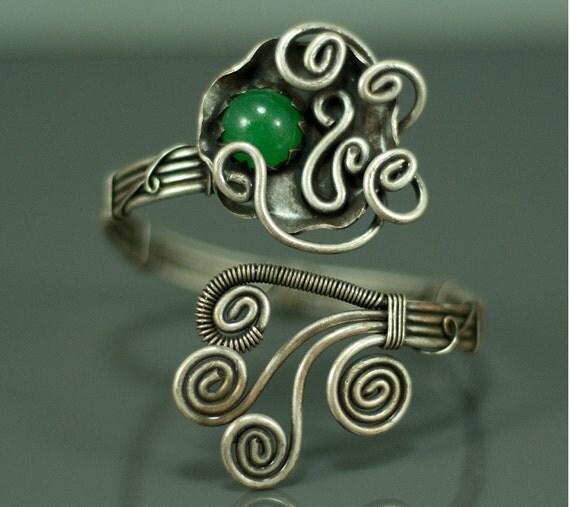 green jade bracelet- wire wrapped bracelet-wire wrapped jewelry handmade-statement bracelet-silver cuff bracelet woman-unique bracelet woman