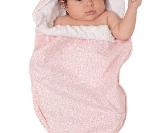 Hopscotch Noonie swaddle baby gift blanket