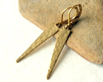 Brass Dagger Earrings - Brass Jewelry - hammered gold spikes - brass triangles - geometric jewelry, modern - minimal - boho chic